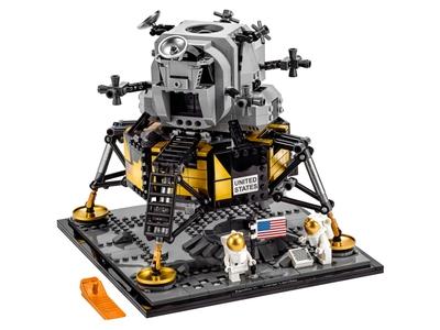 LEGO NASA Apollo 11 Lunar Lander 10266. Now € 83.99, 16% discount