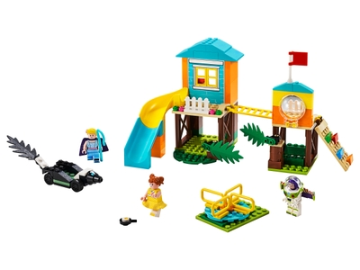 LEGO L'aventure de Buzz et la Bergère dans l'aire de jeu (10768)