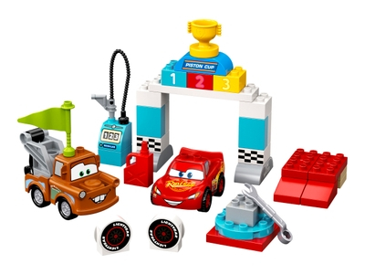 LEGO Le jour de course de Flash McQueen (10924)