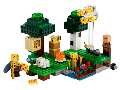 LEGO The Bee Farm (21165)