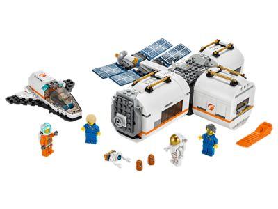 LEGO Lunar Space Station (60227)