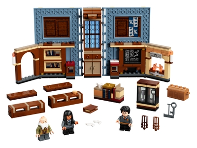 LEGO Hogwarts™ Moment: Charms Class (76385)