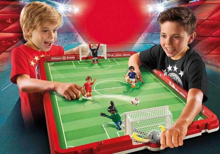 PLAYMOBIL FC Bayern München Fußballarena zum Mitnehmen (70046)