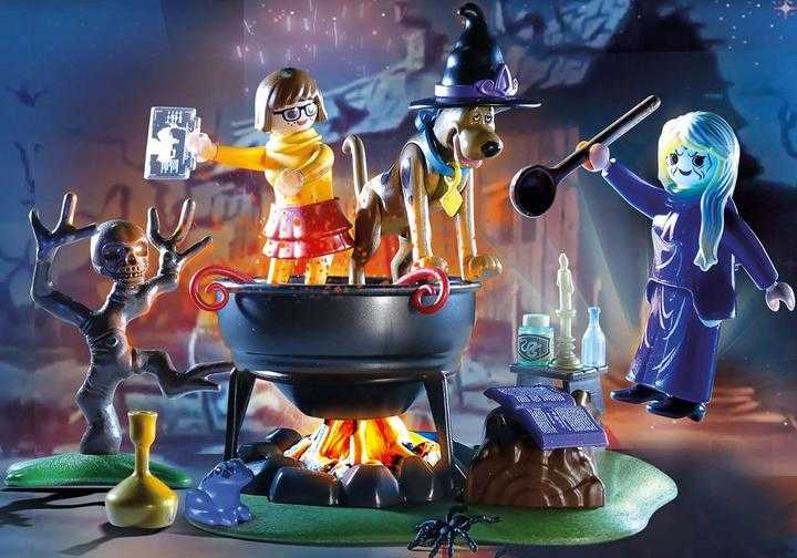 PLAYMOBIL SCOOBY-DOO! Adventure in the Witch's Cauldron (70366)